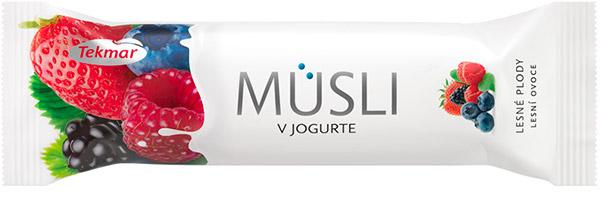MUSLI IN YOGHURT